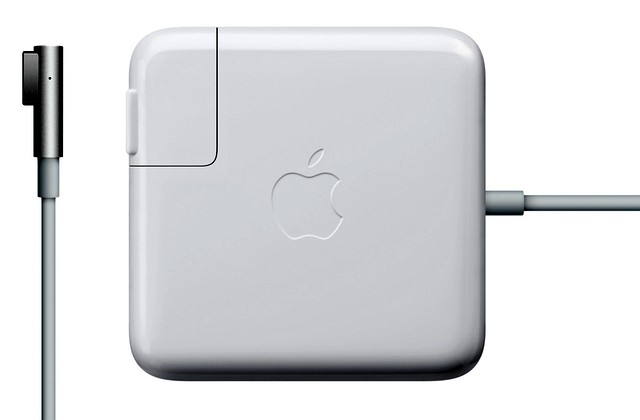 Original Macbook Adapter